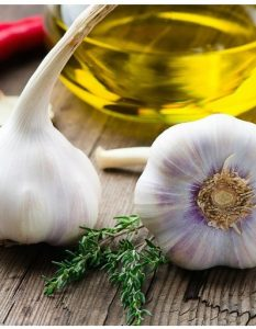 How to Heal Cold Sores Using Garlic
